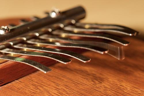 La kalimba, instrument thérapeutique